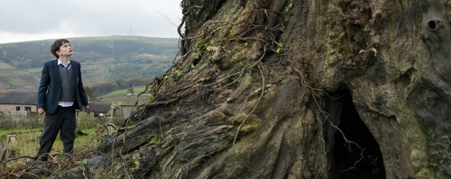 A_Monster_Calls_still_002.jpg
